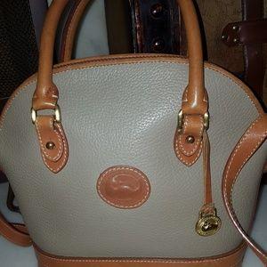 Vintage Dooney and Bourke zip satchel